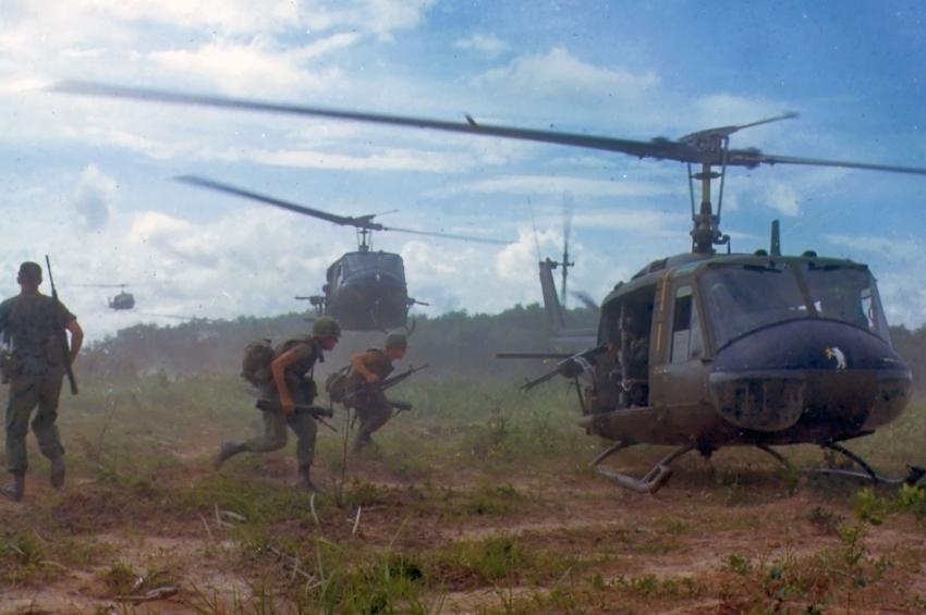 Războiul elicopterelor: Vietnam, 1965-1973