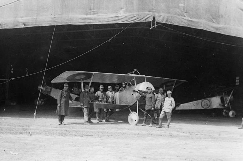 Înființarea aviației de vânătoare române