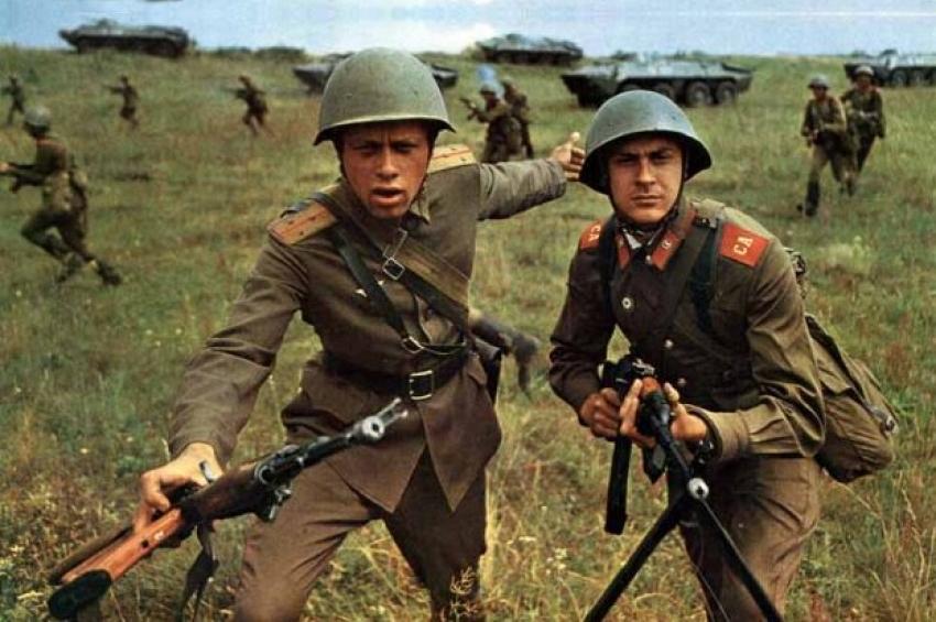Sfârșitul anului 1978. Occidentul crede că Pactul de la Varșovia pregătește invadarea României