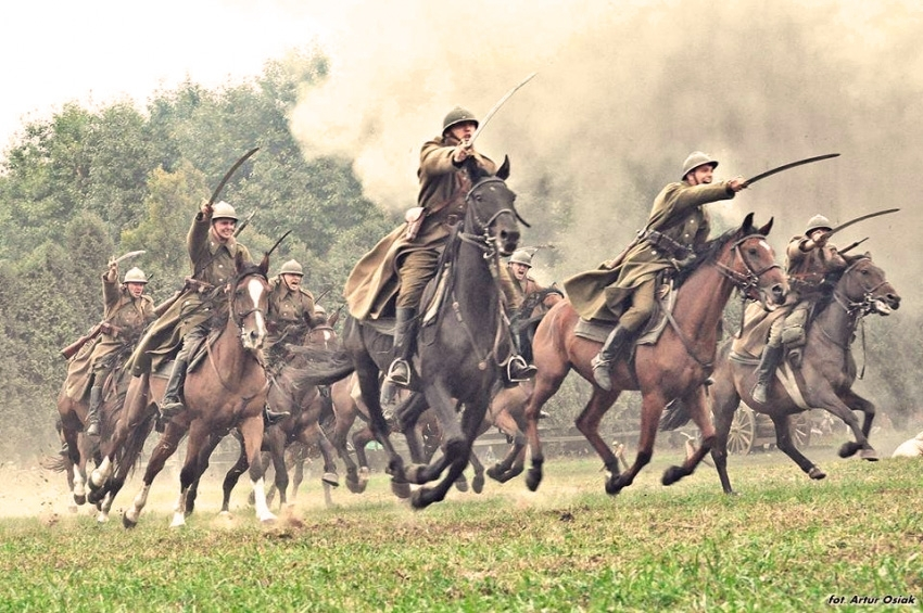 În 1939 cavaleria poloneză NU a șarjat blindatele germane