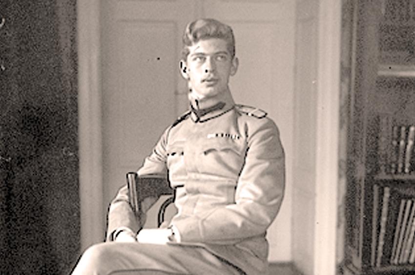 Ucenicia de ofițer a prințului Carol