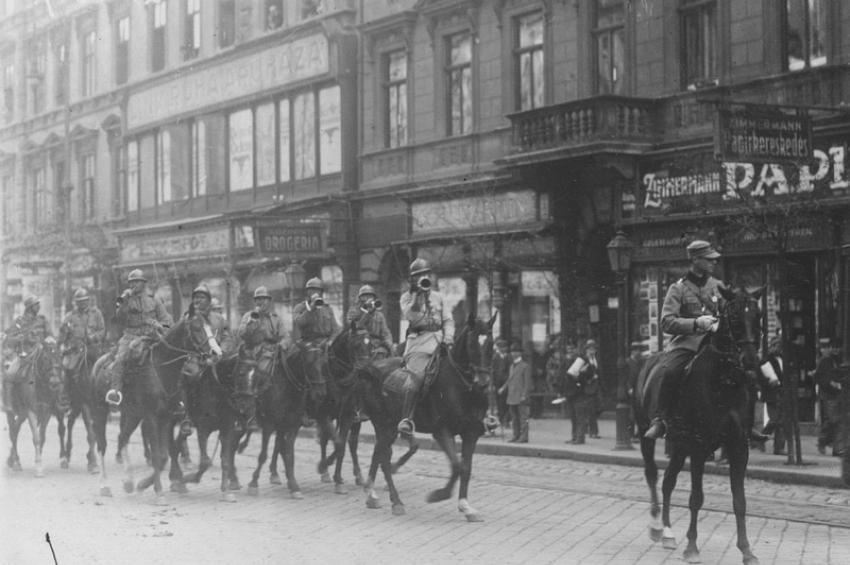 3 august 1919. Cavaleriștii români intră în Budapesta