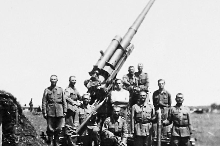 Ultima luptă a Regimentului 7 Artilerie Antiaeriană. Ploiești, 25-31 august 1944